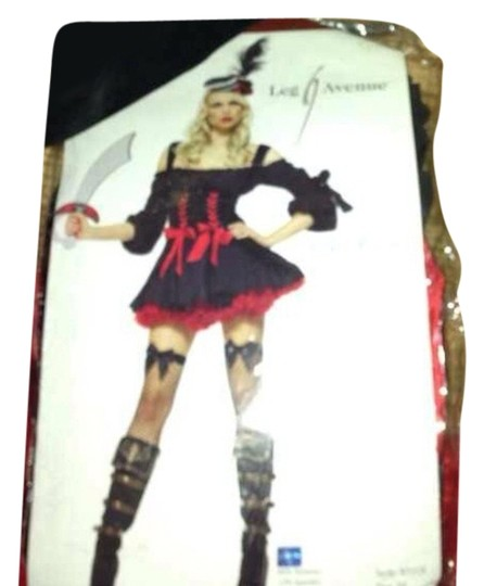 Preload https://item4.tradesy.com/images/leg-avenue-redblack-pirate-wench-complete-costume-3494953-0-0.jpg?width=440&height=440