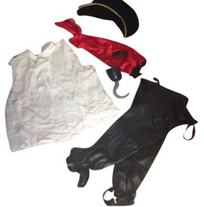 Leg Avenue Complete Male Pirate Costume