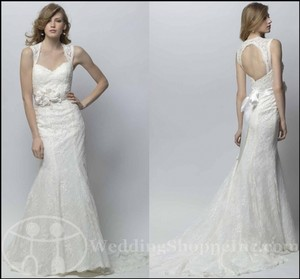 Wtoo Offwhite Lace Gemma Traditional Wedding Dress Size 2 (XS)