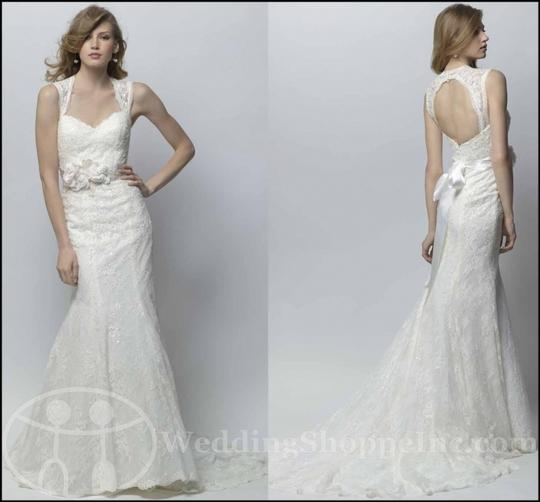 Preload https://item3.tradesy.com/images/wtoo-offwhite-lace-gemma-traditional-wedding-dress-size-2-xs-349647-0-0.jpg?width=440&height=440