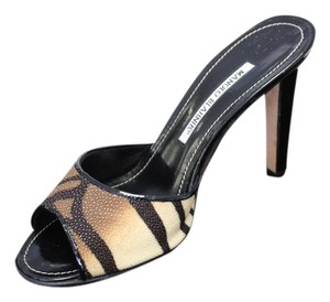 Manolo Blahnik Manolo Leather Animal Print Tiger Print Bamus Razza Mules Heels Black Pumps