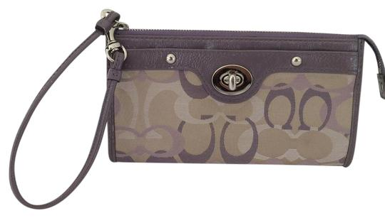 Preload https://img-static.tradesy.com/item/3499693/coach-purple-wristlet-large-wallet-0-2-540-540.jpg