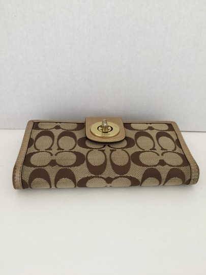 Coach COACH TURN LOCK WALLET WITH CHECKBOOK GOLD
