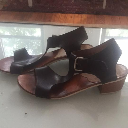 A detcher Dark Brown Leather Sandals