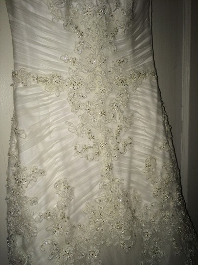Maggie Sottero Ivory Anniston Feminine Wedding Dress Size 6 (S) Image 4