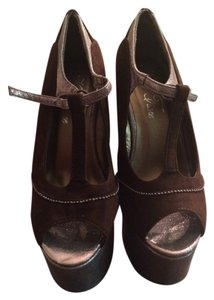 Amiclub Brown Platforms