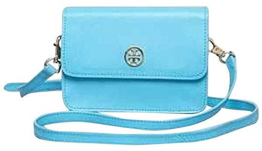 Preload https://item2.tradesy.com/images/tory-burch-robinson-mini-tahitian-turquoise-leather-cross-body-bag-3502036-0-0.jpg?width=440&height=440