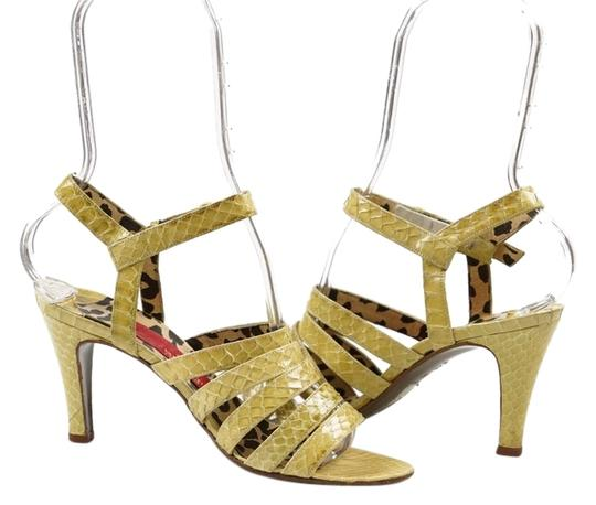 Preload https://img-static.tradesy.com/item/3502597/valentino-green-couture-lizard-sandals-size-us-65-regular-m-b-0-0-540-540.jpg