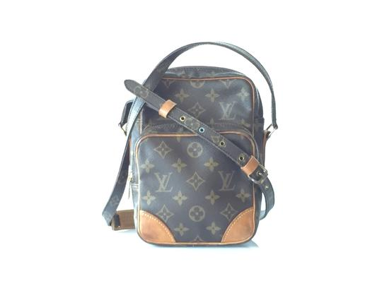 Preload https://item4.tradesy.com/images/louis-vuitton-amazon-monogram-coated-canvas-and-leather-cross-body-bag-3502813-0-1.jpg?width=440&height=440