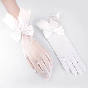 Elegant White Bow Bridal Wedding Cotillion Wrist Length Gloves