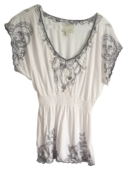 Preload https://item4.tradesy.com/images/anthropologie-white-blouse-size-0-xs-3503263-0-0.jpg?width=400&height=650