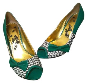 Naughty Monkey Sequins Peeptoe Bow Green green/black/white Pumps