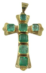 Vintage 14K YELLOW GOLD PENDANT CHARM COLOMBIAN EMERALD CROSS CATHOLIC CHRISTIAN 6.4DWT