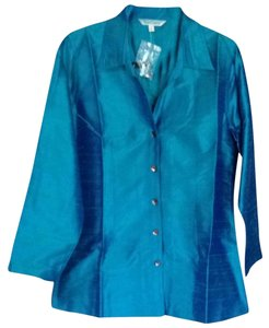 TravelSmith Button Down Shirt Turquoise
