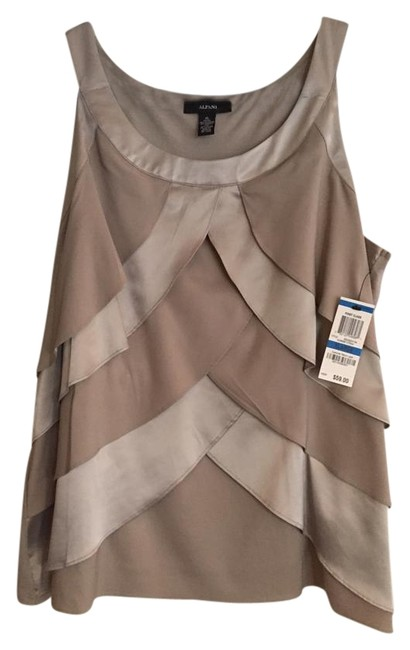 Preload https://item4.tradesy.com/images/other-top-taupe-3504868-0-1.jpg?width=400&height=650