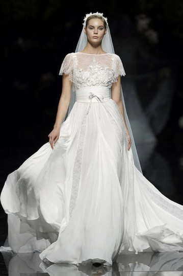 Elie Saab Lorraine Wedding Dress