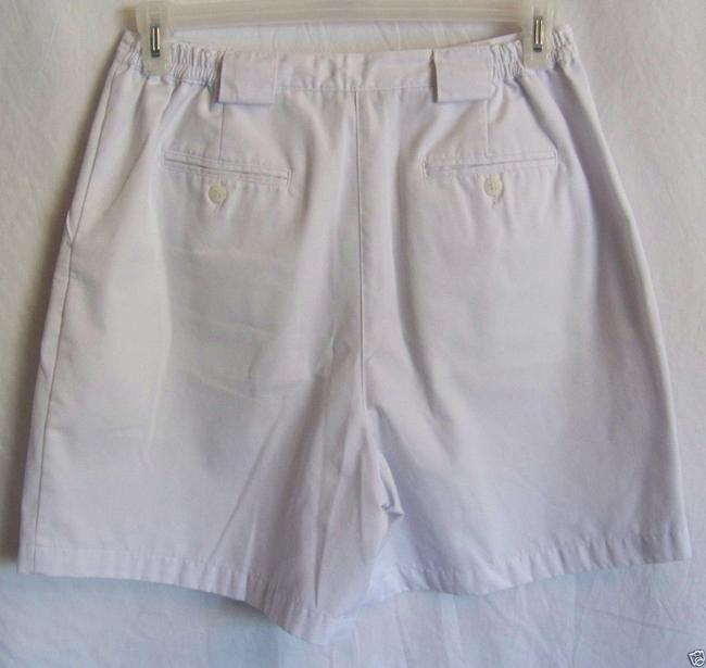 Baxter Wells Bermuda Shorts White