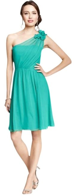 Preload https://item1.tradesy.com/images/ann-taylor-green-one-shoulder-knee-length-night-out-dress-size-0-xs-350645-0-0.jpg?width=400&height=650