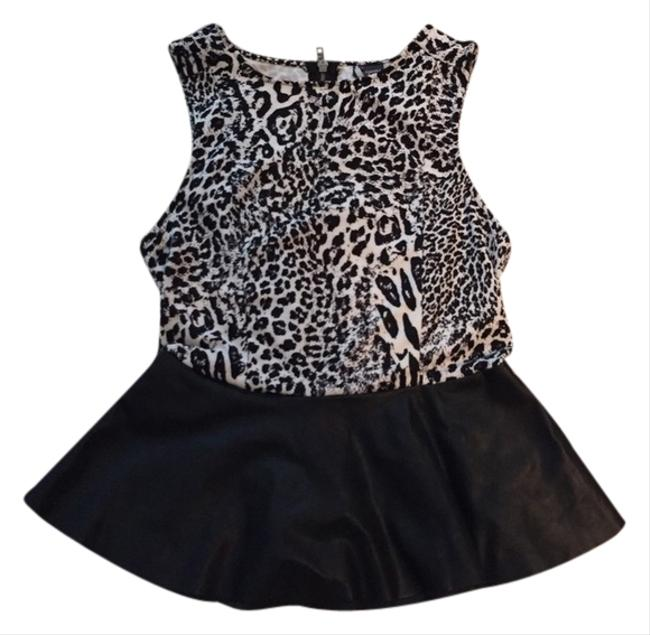 Preload https://item4.tradesy.com/images/sparkle-and-fade-blouse-size-8-m-3506833-0-0.jpg?width=400&height=650