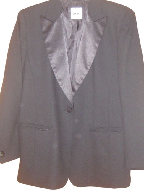 Preload https://item1.tradesy.com/images/dkny-black-tuxedo-style-jacket-pant-suit-size-8-m-350765-0-0.jpg?width=400&height=650