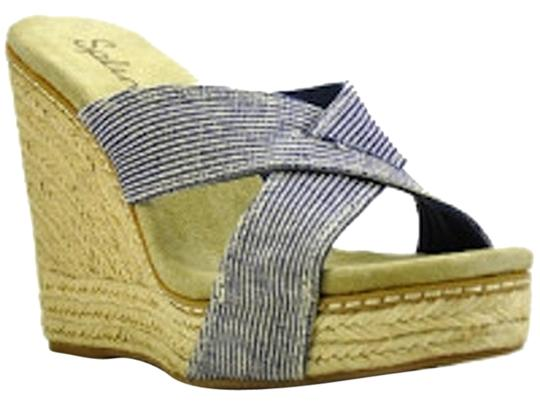 Preload https://img-static.tradesy.com/item/3511264/splendid-stripe-sandals-size-us-85-0-1-540-540.jpg