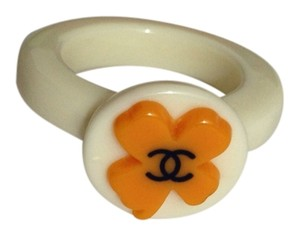 Chanel Chanel CLEARANCE 7/30-8/2!!!!! Black CC on orange Clover White Resin Ring