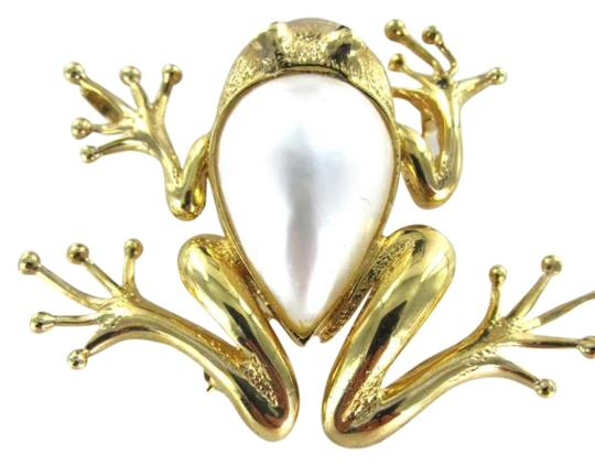 Preload https://item2.tradesy.com/images/yellow-gold-14kt-pin-brooch-mabe-pearl-red-stones-eyes-66dwt-animal-351506-0-0.jpg?width=440&height=440