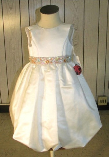 Preload https://item5.tradesy.com/images/ivory-fashions-style-1138-flowergirl-dress-size-3-ivory-mr-186-3515134-0-0.jpg?width=440&height=440