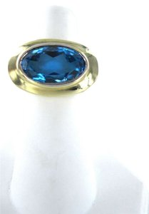 Vintage 14K YELLOW GOLD BLUE TOPAZ RING 7.6dwt SZ 6 OVAL BIG FINE JEWELRY CELEBRITY LOOK