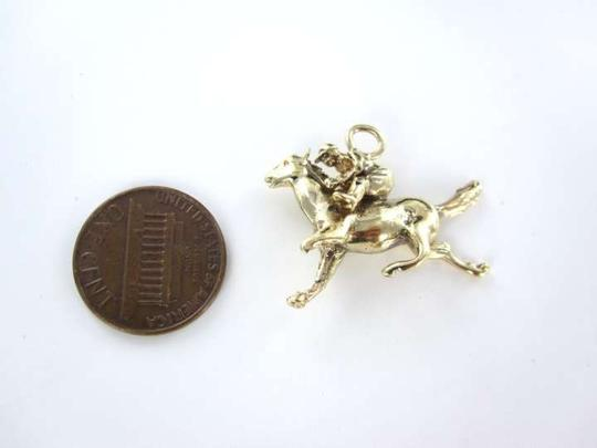 Vintage 14K YELLOW GOLD PENDANT JOCKEY HORSE RIDE ANIMAL RACE POLO DERBY 6.2DWT CHARM
