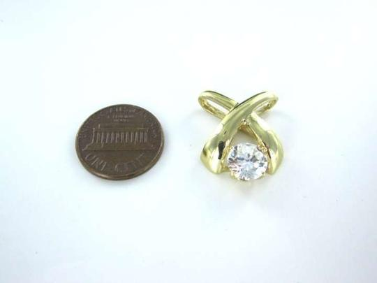 Vintage 10KT YELLOW GOLD PENDANT CHARM KISS WHITE STONE X DESIGN FINE JEWELRY COCKTAIL