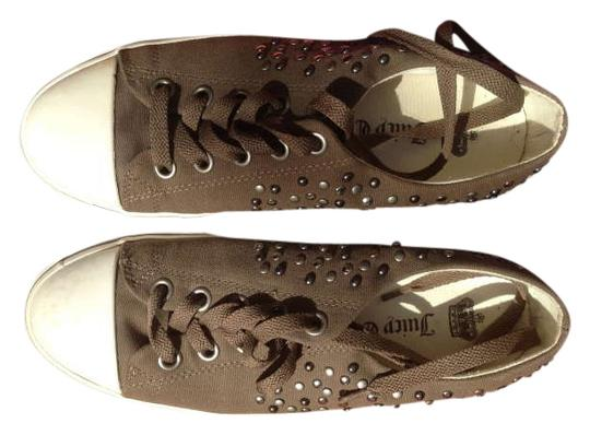 Preload https://item3.tradesy.com/images/juicy-couture-kaiki-sporty-with-stylish-studs-flats-size-us-8-351882-0-0.jpg?width=440&height=440