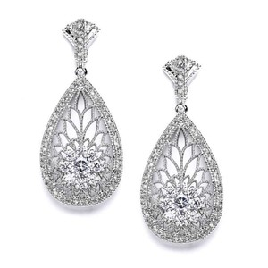 Mariell Great Gatsby Art Deco Etched Cz Wedding Earrings