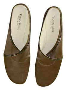 Taryn Rose Satin Leather Edging Taupe/light brown Wedges