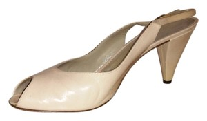 Bruno Magli light pink Pumps