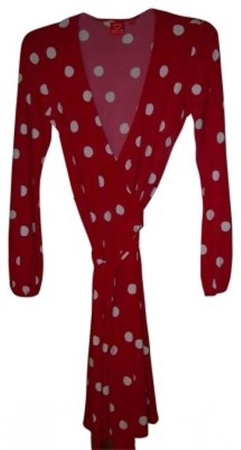 Preload https://img-static.tradesy.com/item/35213/oscar-de-la-renta-red-polka-dot-wrap-knee-length-workoffice-dress-size-10-m-0-0-650-650.jpg