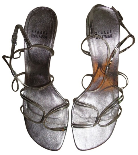 Preload https://img-static.tradesy.com/item/3521788/stuart-weitzman-silver-sandals-size-us-7-regular-m-b-0-0-540-540.jpg