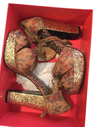 Betsey Johnson Pumps