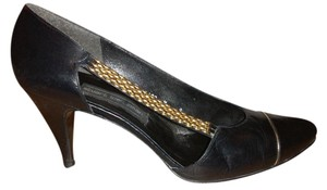 Stuart Weitzman black/ gold Pumps