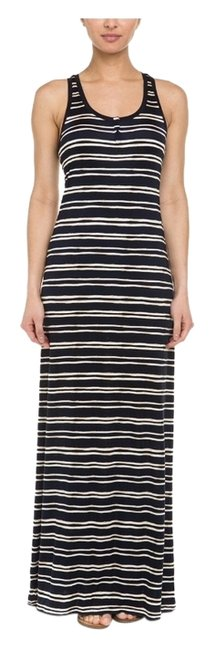 Preload https://item5.tradesy.com/images/tory-burch-navy-and-white-casual-maxi-dress-size-12-l-3523924-0-0.jpg?width=400&height=650