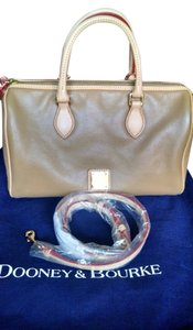 Dooney & Bourke Satchel in Beige/Natural
