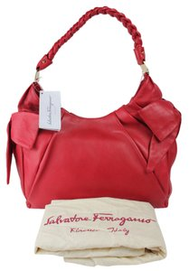 Salvatore Ferragamo Leather Casual Shoulder Bag