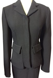 Prada PRADA Classic Pencil Skirt Suit. Size 40