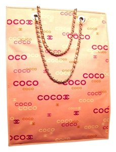 Chanel Canvas Cc Tote in Pink