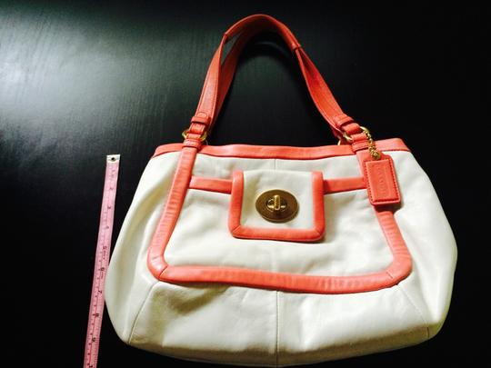 Coach Tote in White with Pink Lining