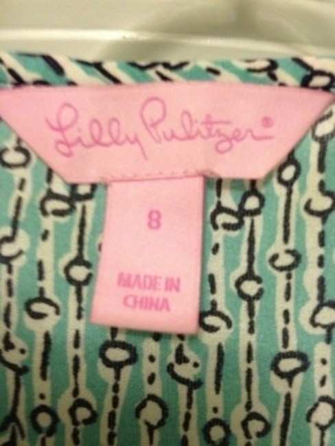 Lilly Pulitzer Top Carolina blue with black and white pattern