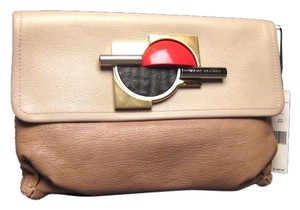 Marc Jacobs Made In Italy Comes With Tags Booklet And Dustbag Beige Clutch