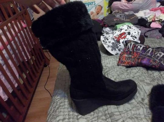 American Eagle Outfitters Fuzzy Fauxfur Black Boots