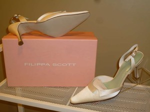 Ivory Closed Toe Slingback Bridal Formal Size US 8.5