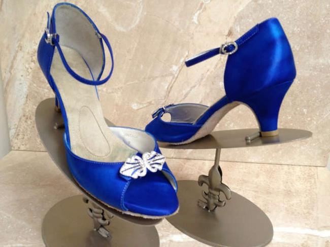 Item - Blue Vintage Cobalt Sandals Size US 9